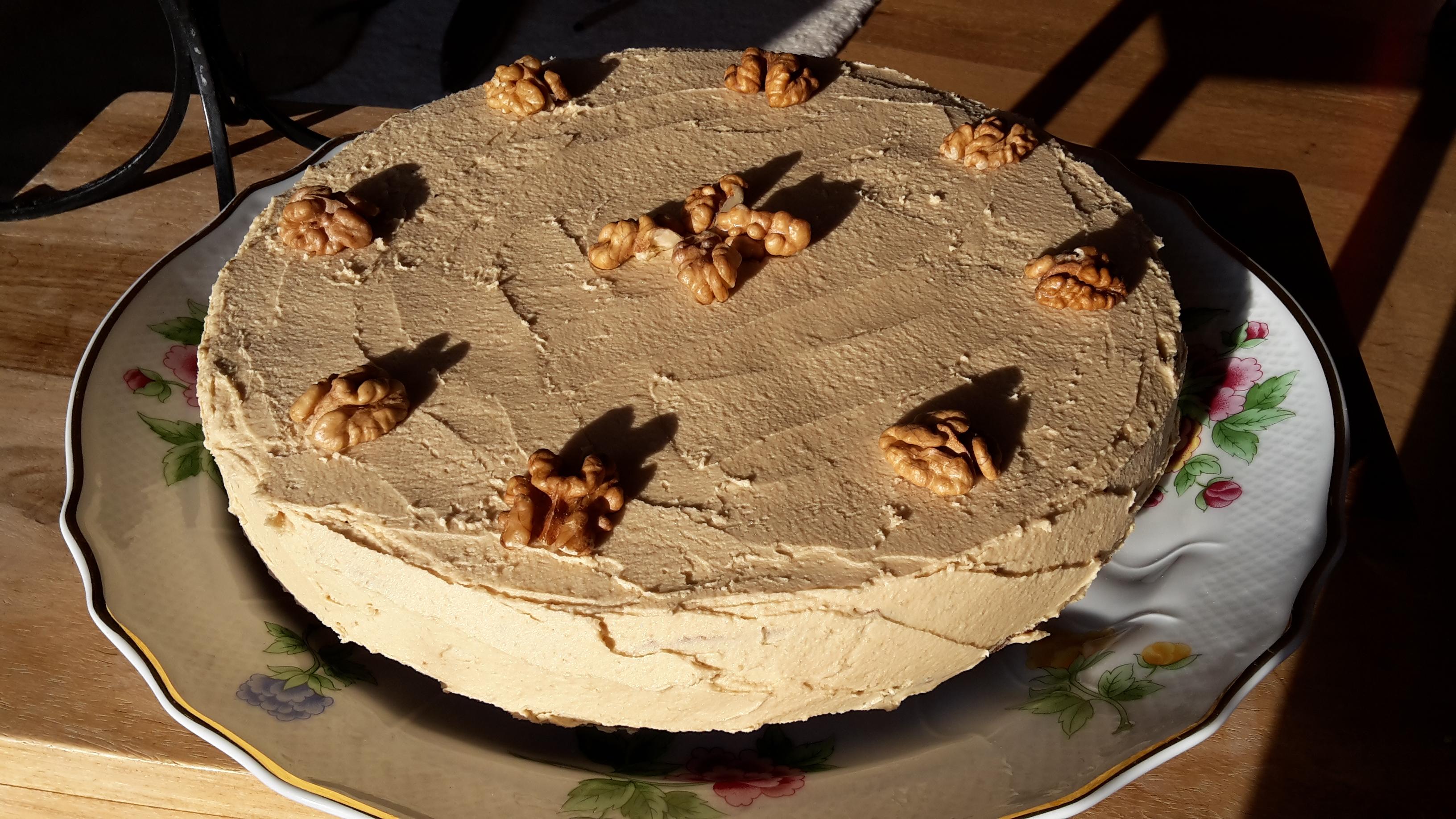 Kaffee-Walnuss-Torte